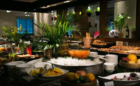 All Day Dining Serena (Hotel Nikko Osaka) PIC1