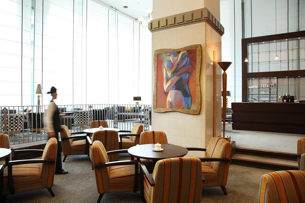 Lounge Tea&Dine PIC1